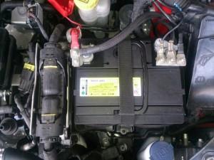 FIAT 500 バッテリー交換
