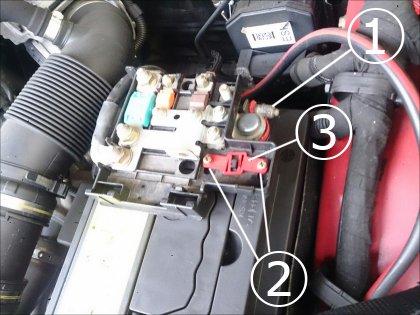 batterie alfa 147 batterie alfa romeo 147 phase 1 diesel ou tirer un 12v sur 147 pour bose 147. Black Bedroom Furniture Sets. Home Design Ideas