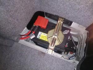 BMW 318 E46 バッテリー