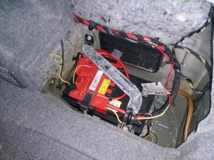 BMW E92 バッテリー 交換