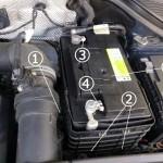 VW ティグアン バッテリー 交換