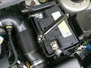 プジョー206 バッテリー 交換