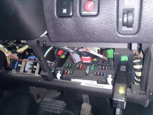 プジョー 206 OBDⅡコネクター