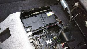トゥアレグ バッテリー交換