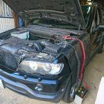 BMW X5 バッテリー交換