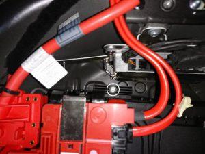 BMW F11 バッテリー交換