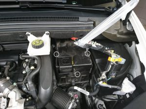 シトロエン DS5 バッテリー交換
