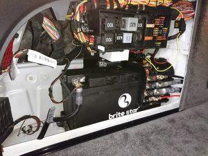 ベントレー フライングスパー バッテリー交換