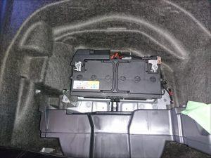 アウディ A5 バッテリー交換