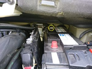シトロエン グランドC4ピカソ バッテリー交換