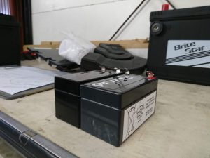 ベンツ W164 サブバッテリー交換