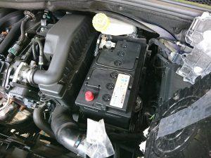 プジョー 208 バッテリー交換