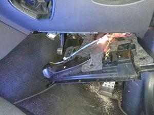 ベンツ W212 サブバッテリー交換