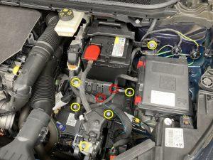 プジョー 308 バッテリー 交換