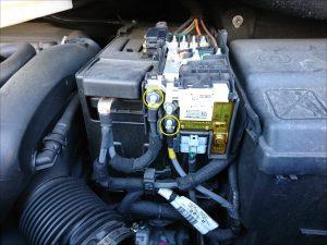 プジョー 3008 バッテリー交換