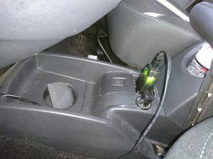 カングー2 アイドリングストップ機能付車のバッテリー交換
