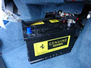 フェラーリ 458 バッテリー 交換