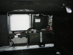 W221 バッテリー交換