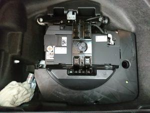 AUDI A6 バッテリー交換