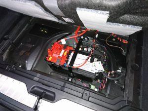 F10 バッテリー 交換