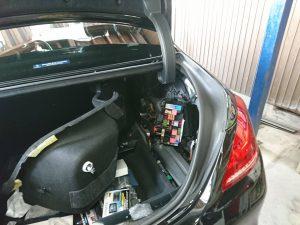 ベンツ W222 バックアップ バッテリー 故障 交換