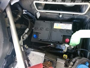 ベンツ X253 GLC250 バッテリー 交換