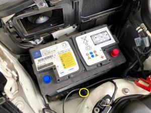 ベンツ C218 W218 X218 CLS 350 550 バッテリー 交換