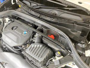 BMW X1(F48)のバッテリー交換